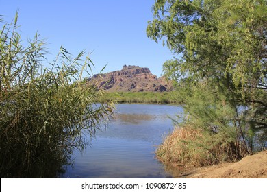 View from the banks of the Lower Salt River recreational area on the outskirts of Phoenix, Arizona