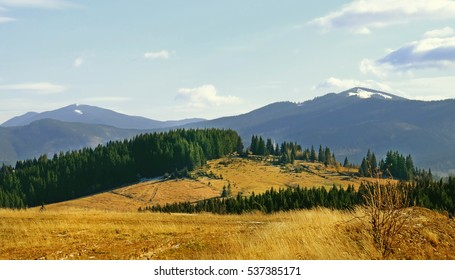 View of beautiful landscape with mountains