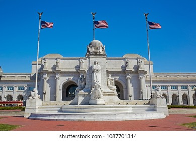 View of the beaux arts Columbus Circle and Union station, the main station of Washington DC
