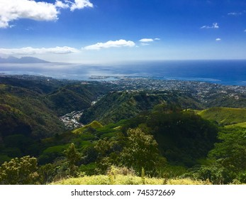 View from the belvedere at Pirae on Papeete, Moorea and the ocean, Tahiti, French Polynesia