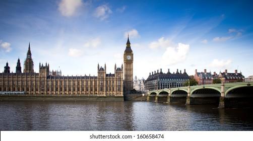 view of Big Ben and Westminster bridge
