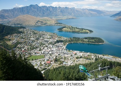 View from Bob's Peak above Queenstown township, Queenstown Gardens and Lake Wakatipu below.