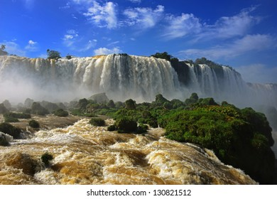 View from the Brazilian side at the Iguazu falls
