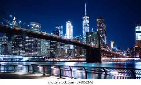 A view of The Brooklyn Bridge from The Brooklyn Heights Promenade
