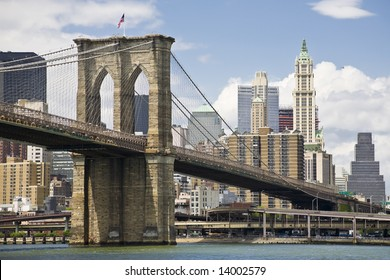 View of Brooklyn bridge and Manhattan from the East river
