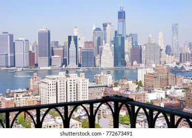 View from Brooklyn Heights' balcony on Manhattan, New York