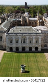 View of Cambridge's university administration building and Clare College . Cambridge - England