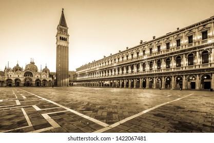 Imagenes Fotos De Stock Y Vectores Sobre Venecia Plaza De San
