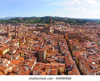 The view from Campanula Giotto (bell tower), visible to the national Museum of the Bargello, Palazzo Vecchio, Palazzo Pitti. Florence, Tuscany, Italy