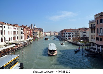 A view of the Canal Grande from Ponte di Calatrava - Venezia - Italy
