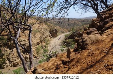 view-canoas-ravine-temporary-dry-260nw-1337911412.jpg
