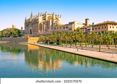 View of Cathedral in Palma de Mallorca, Spain