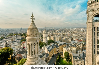 View of the city from the Sacré-Coeur basilica of the Montmartre hill. Paris. France.
