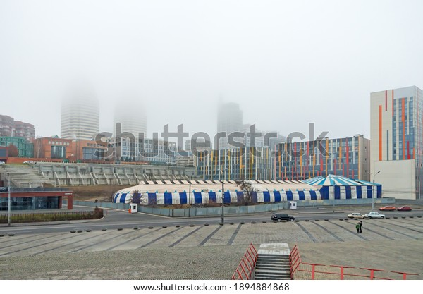 view-city-during-heavy-fog-600w-18948848
