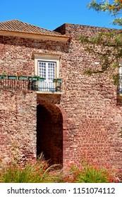 View of the city gate building (Torreao das Portas da Cidade) in the city centre, Silves, Portugal, Europe.