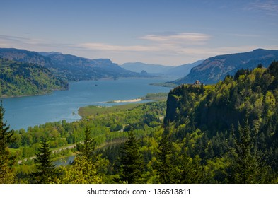 View of Columbia River Gorge in northwestern Oregon
