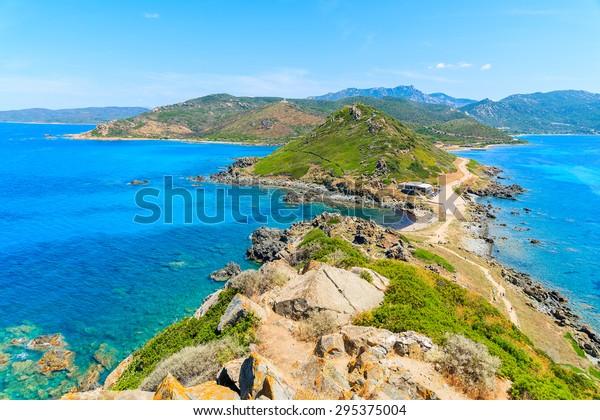 Aussicht auf Korsika Küste vom Turm auf Cape de la Parata, Korsika, Frankreich