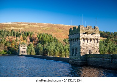 View of Derwent Dam and Reservoir, Peak District National Park, Derbyshire, UK. Derwent Reservoir is the middle of three reservoirs in the Upper Derwent Valley in the north-east of Derbyshire, England