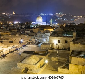 View to Dome on the rock with Olive Mountain in the background. Jerusalem. Israel.