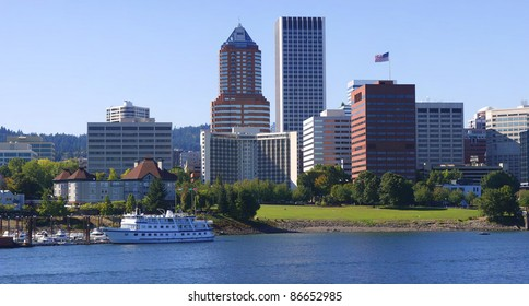 A view of the downtown architecture of Portland Oregon.