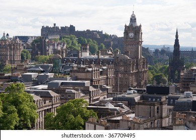 View of the downtown of Edinburgh in Scotland.