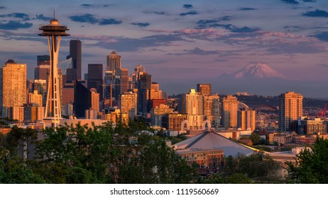 View of Downtown Seattle and Mount Rainier from kerry park with Beautiful Sunset, Washington, USA