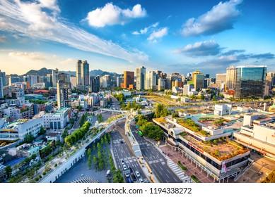 view of downtown at seoul ro : 2o september 2018 seoul korea