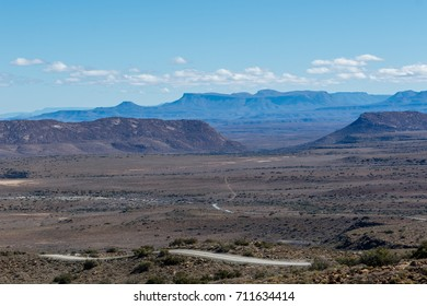 The view of the dry lands of the Central Karoo District.