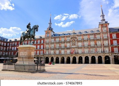 View of the famous Plaza Mayor with statue, Madrid, Spain
