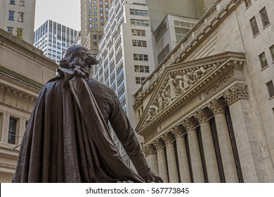 View from Federal Hall of the statue of George Washington and the Stock Exchange building in Wall Street, New York