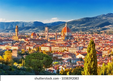 View of Florence, Ponte Vecchio, Palazzo Vecchio and Florence Duomo, architecture,landmark and Florence skyline view from Piazzale Michelangelo, Italy