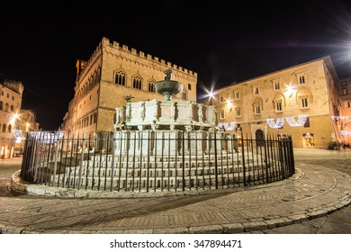 View of Fontana Maggiore and Piazza IV Novembre, Perugia. Umbria, central Italy.