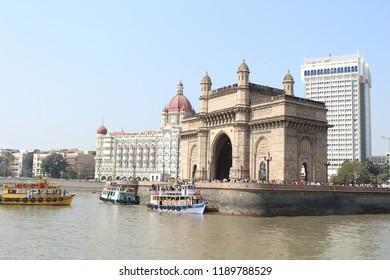 A view of Gateway of India from boat