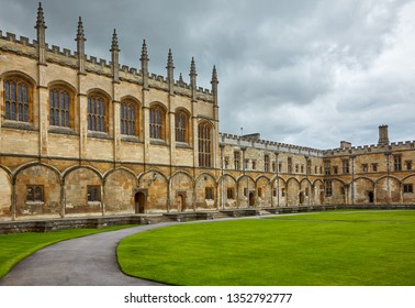 The view of the Great Dining Hall  in the Tom Quad of Christ Church. Oxford. England