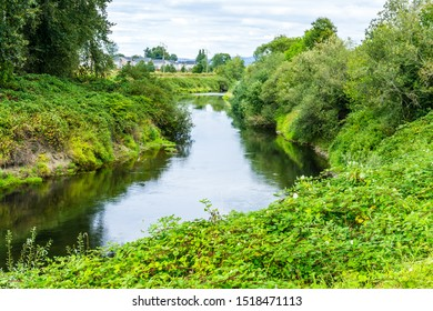 A view of the Green River in Kent, Washington in summertime.