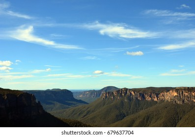 View of the Grose Valley from Govetts Leap lookout, Blue Mountains National Park, Blackheath, Australia. A World Heritage Area.