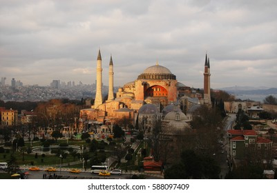 View of the Hagia Sophia (Ayasofya) in Istanbul, Turkey