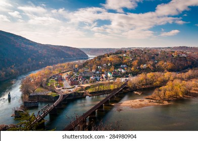 View of Harper's Ferry and the Potomac RIver from Maryland Heights.