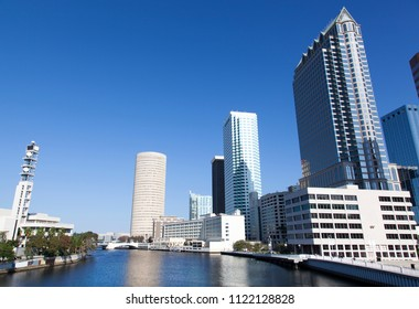 The view of Hillsborough River next to Tampa's downtown district (Florida).