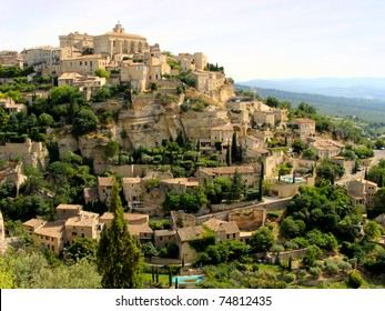 View of the hilltop village of Gordes, Provence, France