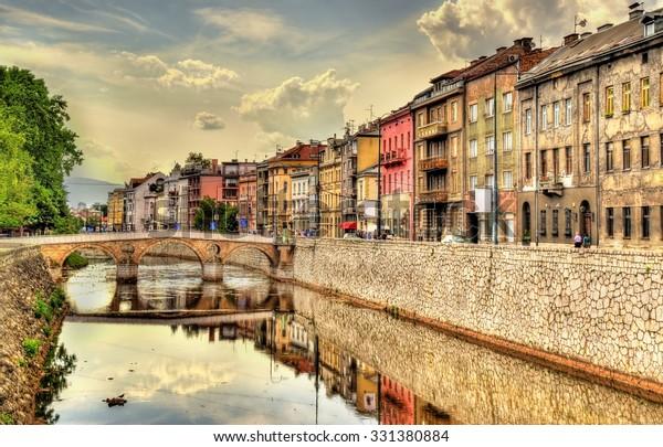 Vista del centro histórico de Sarajevo - Bosnia y Herzegovina