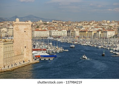 "View of the historic harbor ""Vieux Port"" of Marseille in South France"