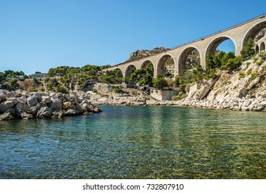 """View of the historic viaduct and the bay in """"Estaque"""" near Marseille in South France"""