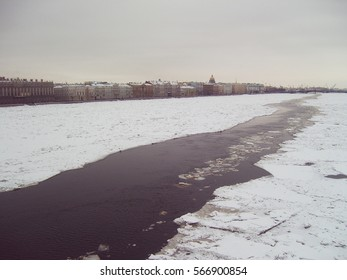 The view of ice drift from the bridge in Saint-Petersburg