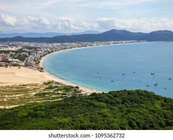 A view of Ingleses beach from Morro dos Ingleses (Ingleses Hill) - Florianopolis, Brazil