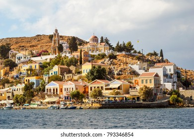 View of the island and the city of Simi from the sea.
