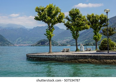 View of italy lake , with park, lake and mountain views