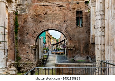 View of Jewish Ghetto quarter   and  Rome ruins.
