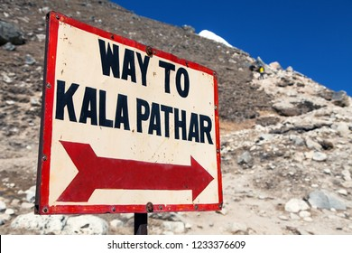 view of Kala Patthar and mount Pumori - signpost way to Kala Patthar - Nepal Himalayas mountains
