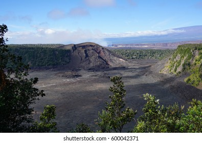 View of the Kilaueau Iki volcanic crater